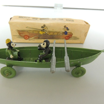 ENGLISH TOY BOAT