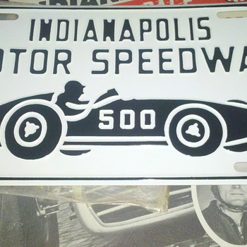 Indy 500 Souvenir License Plate help - Signs