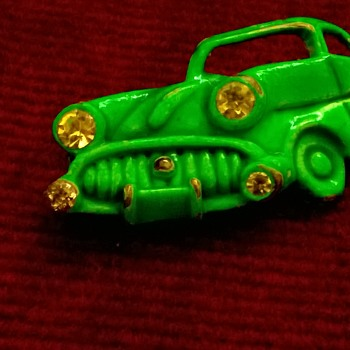 Old Green Car Pin - 1940s? Compare to Buick Roadmasters 1940/1949  - Costume Jewelry
