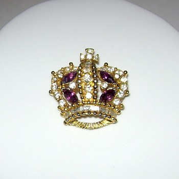 Bellini Crown Brooch - Costume Jewelry