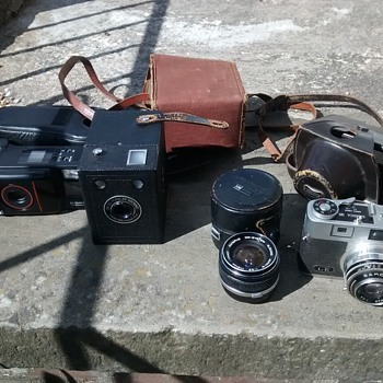 Vintage Box, 35mm film cameras and lenses, Samoca 35 with lightmeter