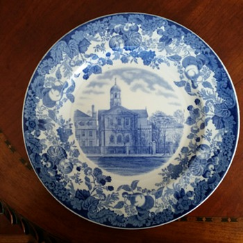 "Wedgwood College ""HARVARD UNIVERSITY"" Plates c1927 -- Part 1 - China and Dinnerware"