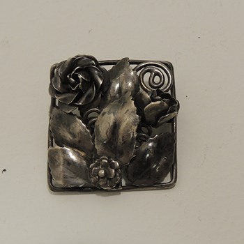 HOBE Sterling Brooch
