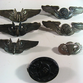 WWII wings - Military and Wartime