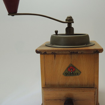 Dienes - Coffee Grinder