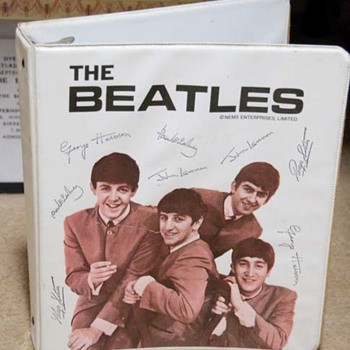 Beatles 3 ring binder...1964 - Music