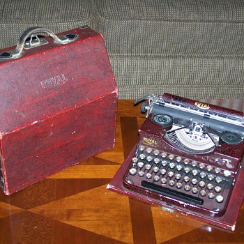 1928 Royal Portable Typewriter