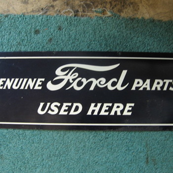 FORD PARTS SIGN - Advertising