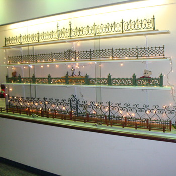 VICTORIAN ERA CHRISTMAS FENCES