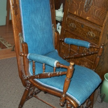 old table chair victorian? - Furniture