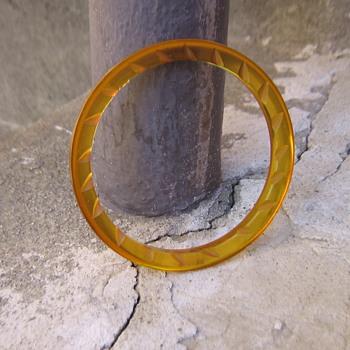 Prystal bakelite bracelet - Costume Jewelry