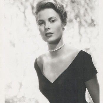 Grace Kelly Promo Photo (1955)
