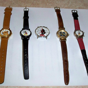 The Mouse On Watch - Wristwatches