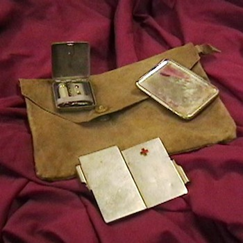 WW II Japanese Officer's Shaving Kit - Military and Wartime