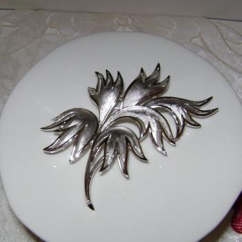 Vintage Trifari Silver Tone Brooch - Costume Jewelry