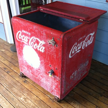 Coca Cola Chest Cooler (Standard Cavalier) - Coca-Cola
