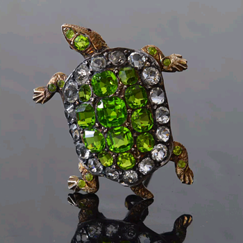 Antique gilded silver and paste turtle brooch, Auguste Besson. - Fine Jewelry