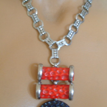 My curious machine age necklace - Art Deco