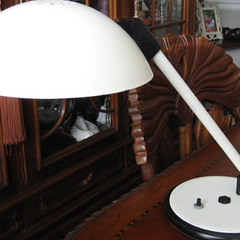 Mid Century Modern Flying Saucer Desk Lamp  - Lamps
