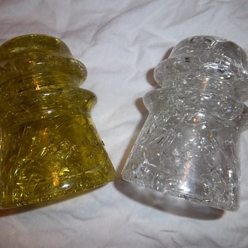 Hemingray Insulators 17 - Crackle Glass