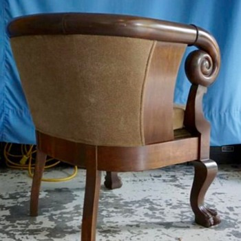 Beregere Tub Chair - Furniture