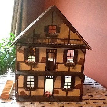 Love my new dollhouse but... - Dolls