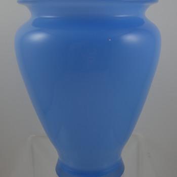 """Loetz Himmelblau Glatt Vase, Prod. Nr. III-512/5 1/2"""", ca. 1914"""