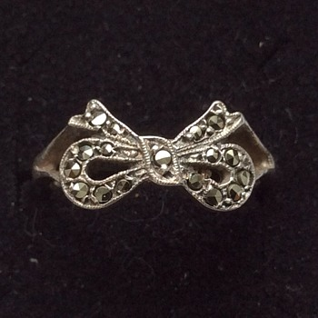 Vintage silver & marcasite ring - Fine Jewelry