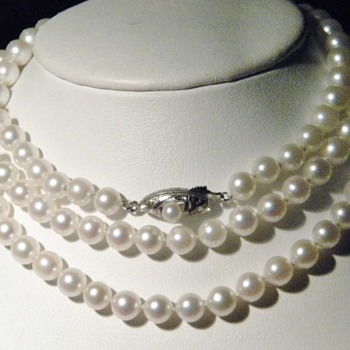 "Vintage Art Deco Opera Length Pearl Necklace 32"" Silver"
