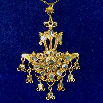 Rare Antique Rose Cut Diamond Harem Diamond Dangle  18k Necklace