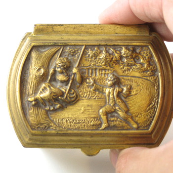 romantic scenes cast metal ring box - Fine Jewelry