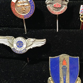 Military Branch Pins - Military and Wartime