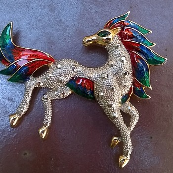 BIG Enameled Horse Brooch Flea Market Find $6.00