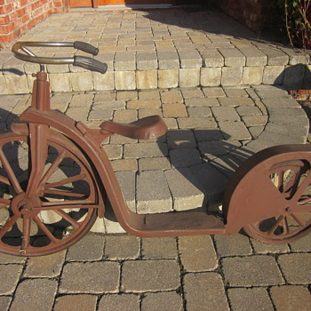Antique Bicycle Scooter - Outdoor Sports