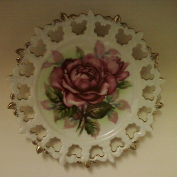 NORCREST CHINA PLATES