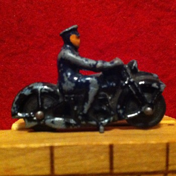 Matchbox Police cycle