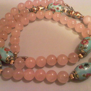 ROSE QUART - Costume Jewelry