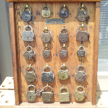 Instant Lock Collection - Tools and Hardware