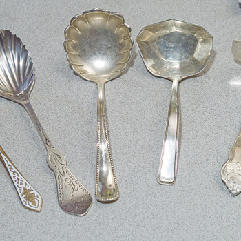 Unigue Sterling spoons set of 5 - Sterling Silver