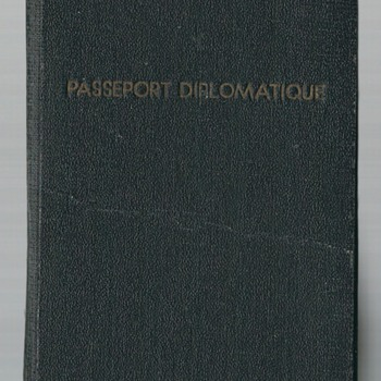 1942 Government In-Exile diplomatic passpsort - Paper