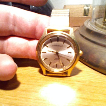 old? caravelle wind up watch,..cool strange soundign french movement in it - Wristwatches