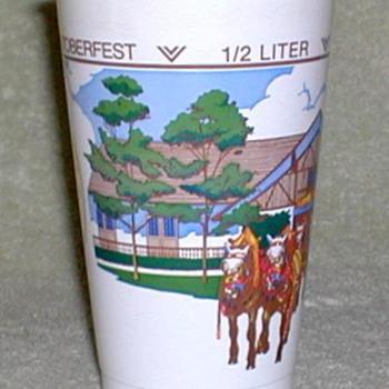 """""""Oktoberfest"""" - Beer Cup - Breweriana"""