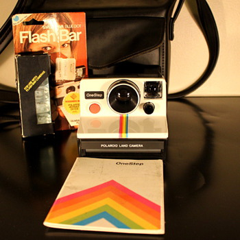 Polaroid Land Camera 1000 - Cameras