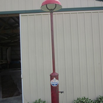 Island Gas Station Service Light with Water and Air Hook Up