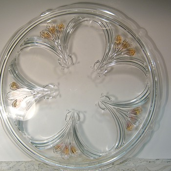 "Large Cake Platter by ""unknown"" maker - Glassware"