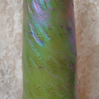 Please Help Identify This Loetz Vase - Art Glass