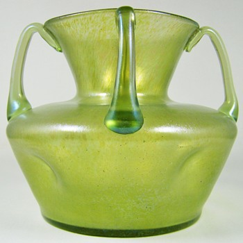 Loetz Olympia ground with ozon cisele. ca. 1900 - Art Glass