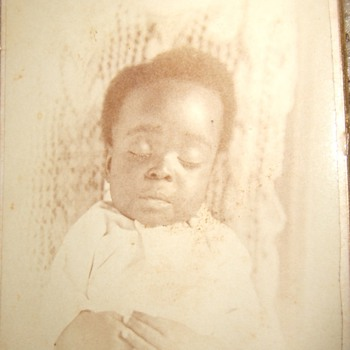 CDV of Post Mortem African American baby - Photographs