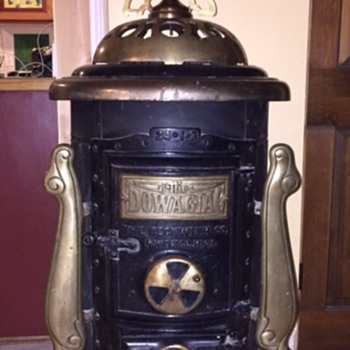 Round Oak Air-Tight model stove, I-3 model, size 24