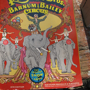 1970 Ringling Brothers Barnun &amp; Bailey Circus Souvenir Program &amp; Magazine